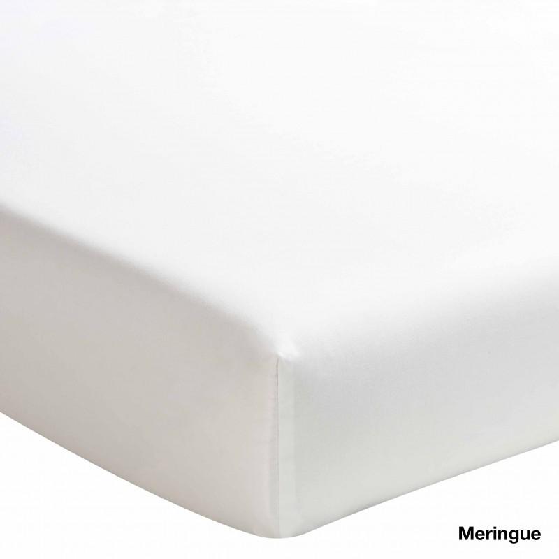 ce drap housse 100 coton est frais et a un toucher agr able. Black Bedroom Furniture Sets. Home Design Ideas