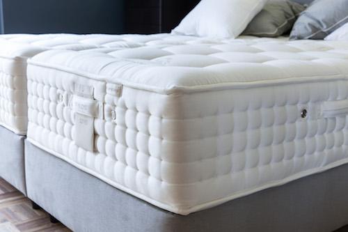 sommier m tallique fixe en treillis plat. Black Bedroom Furniture Sets. Home Design Ideas